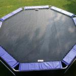 Ottekantet trampolin